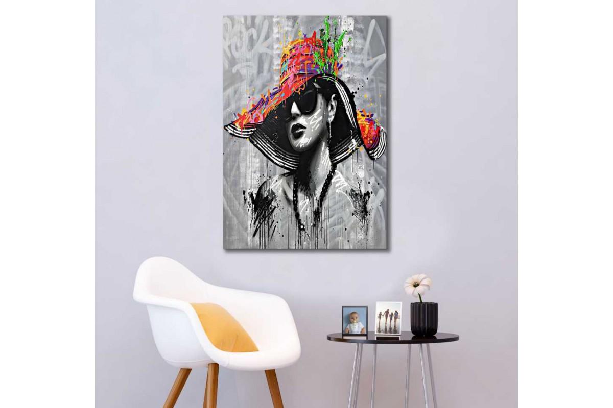 skrd65 - Yağlı Boya Görünümlü Şapkalı Kadın Soyut Kanvas Tablo