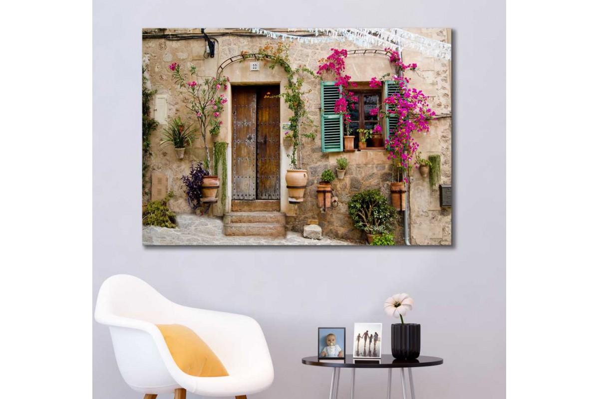 srkm60 - Panjurlu Pencereli Taş Bina ve Begonvil Çiçekleri Kanvas Tablo