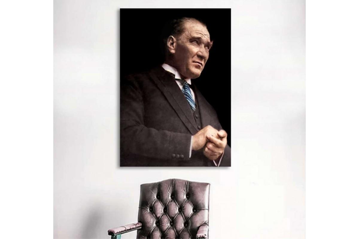 skra25 - Takım Elbiseli Mustafa Kemal Atatürk Renkli Kanvas Tablo