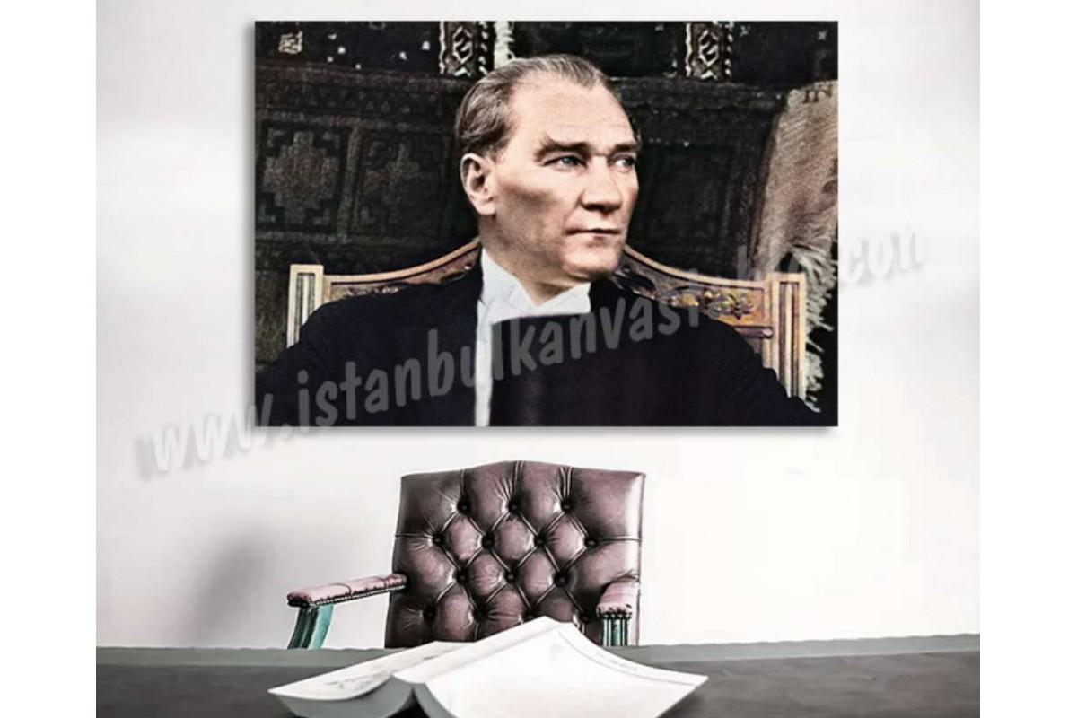 skra27 - Özel Renklendirme Oturan Mustafa Kemal Atatürk Kanvas Tablo