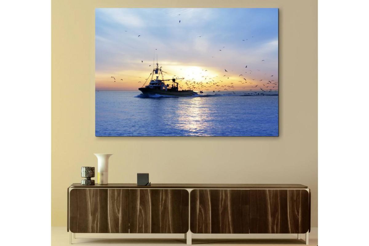 srbt1 - Taka, Balıkçı Teknesi ve Gün Batımı Dekoratif Kanvas Tablo