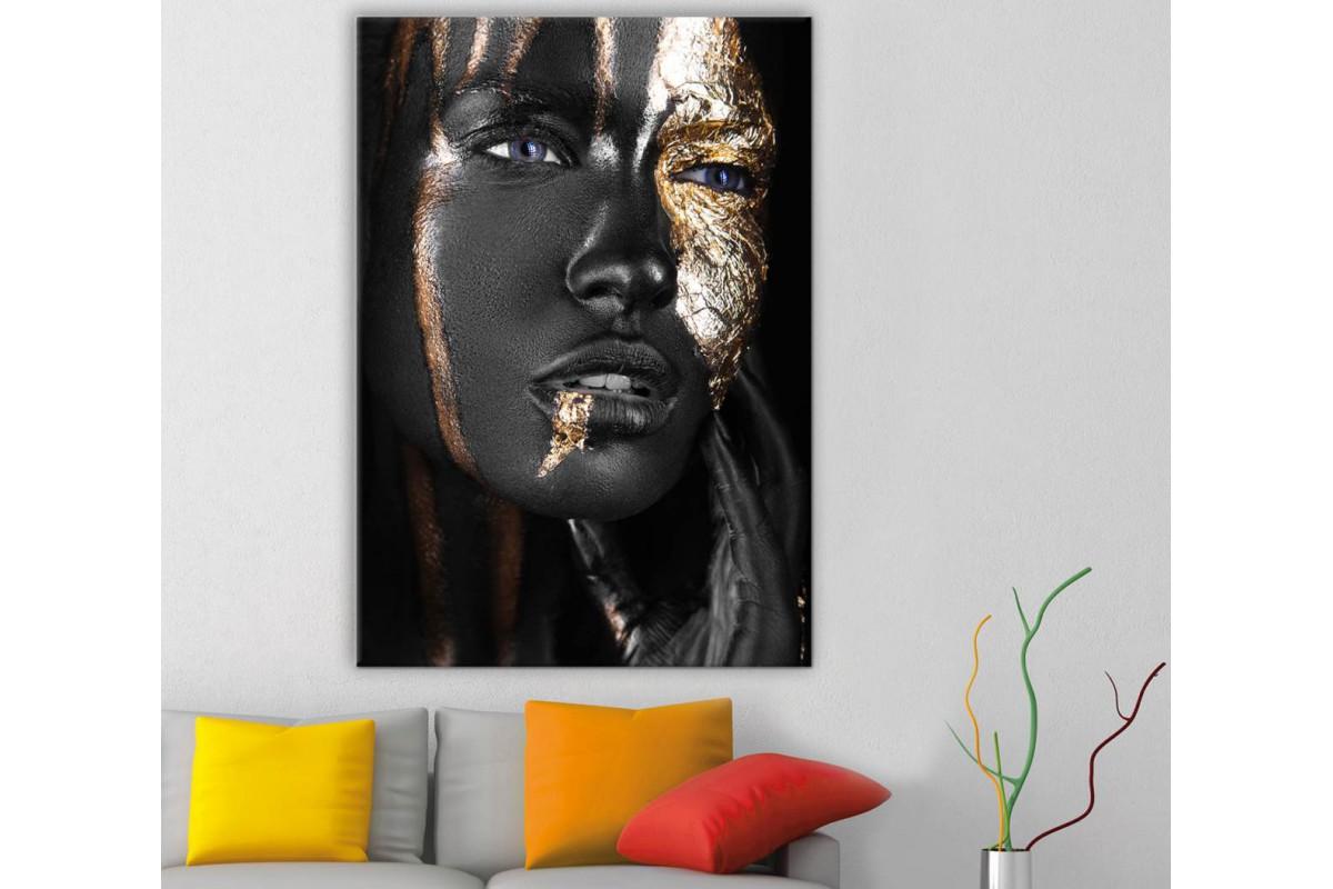 srda15 - Siyah Makyajlı Kadın, Siyah ve Altın Rengi Süslemeler Kanvas Tablo