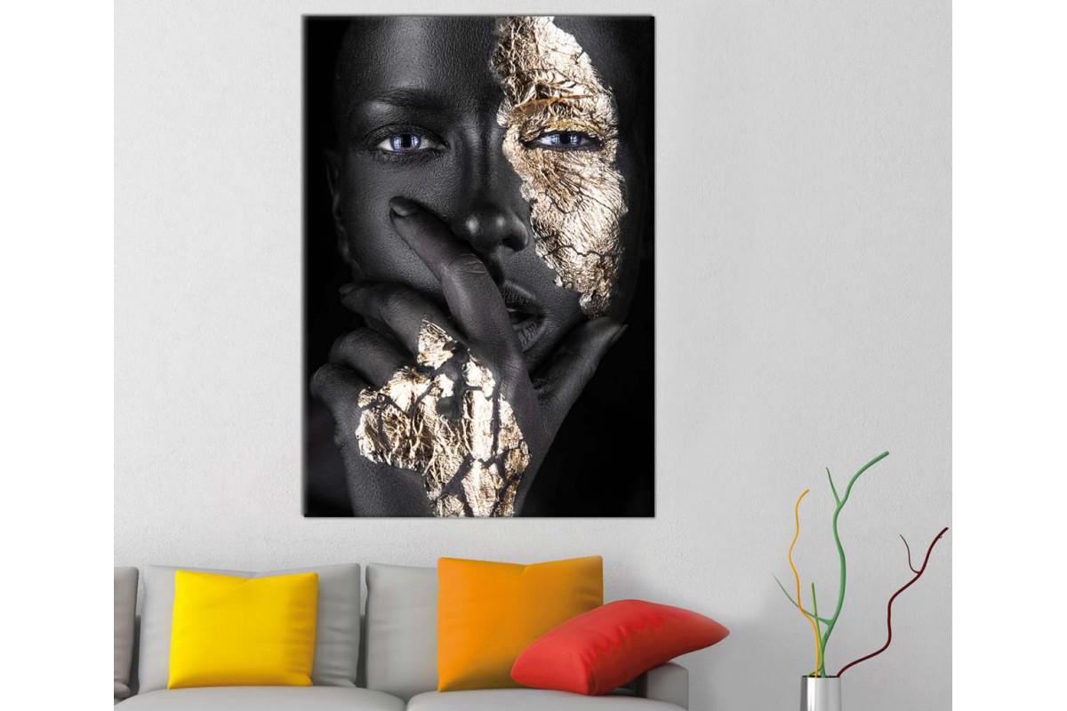 srda15b - Siyah Makyajlı Kadın, Siyah ve Altın Rengi Süslemeler Kanvas Tablo