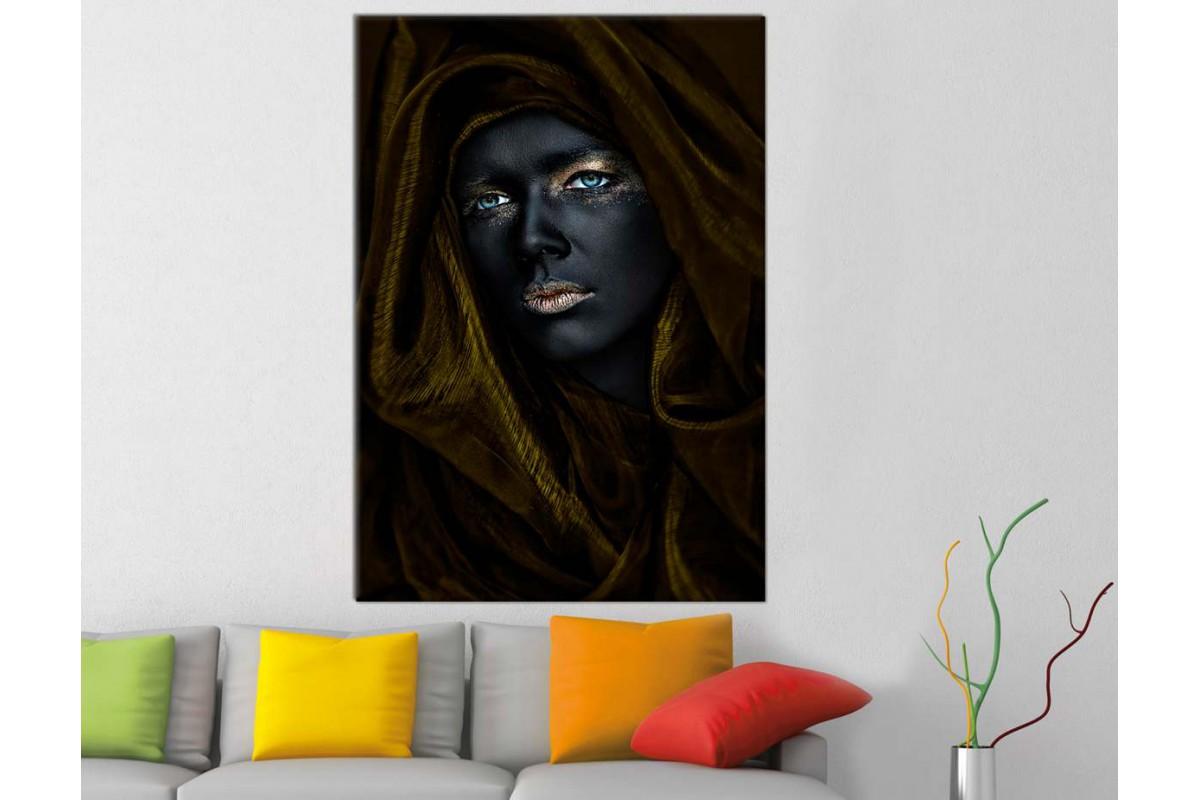 srda19 - Eşarplı Siyah ve Altın Makyaljı Kadın Kanvas Tablo