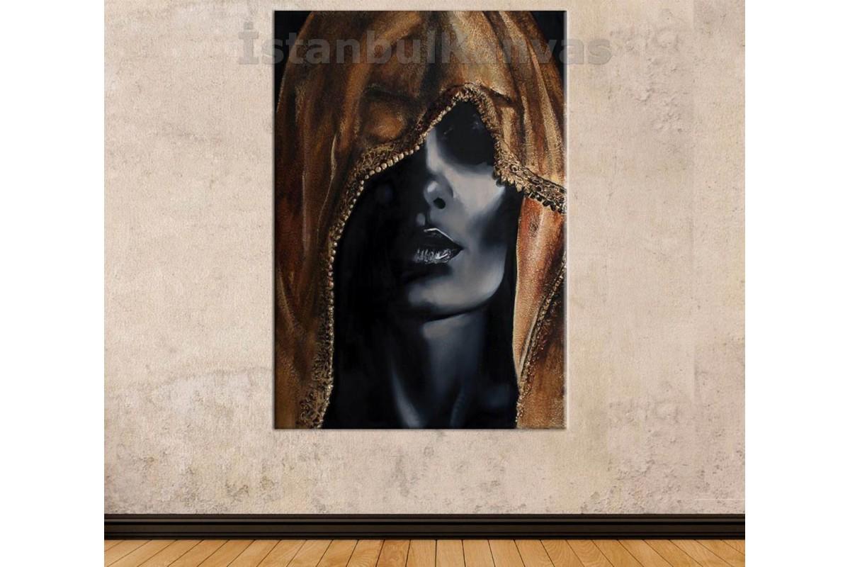 Srda2 - Eşarplı Siyahi Kadın Ve Altın Takılar Kanvas Tablo