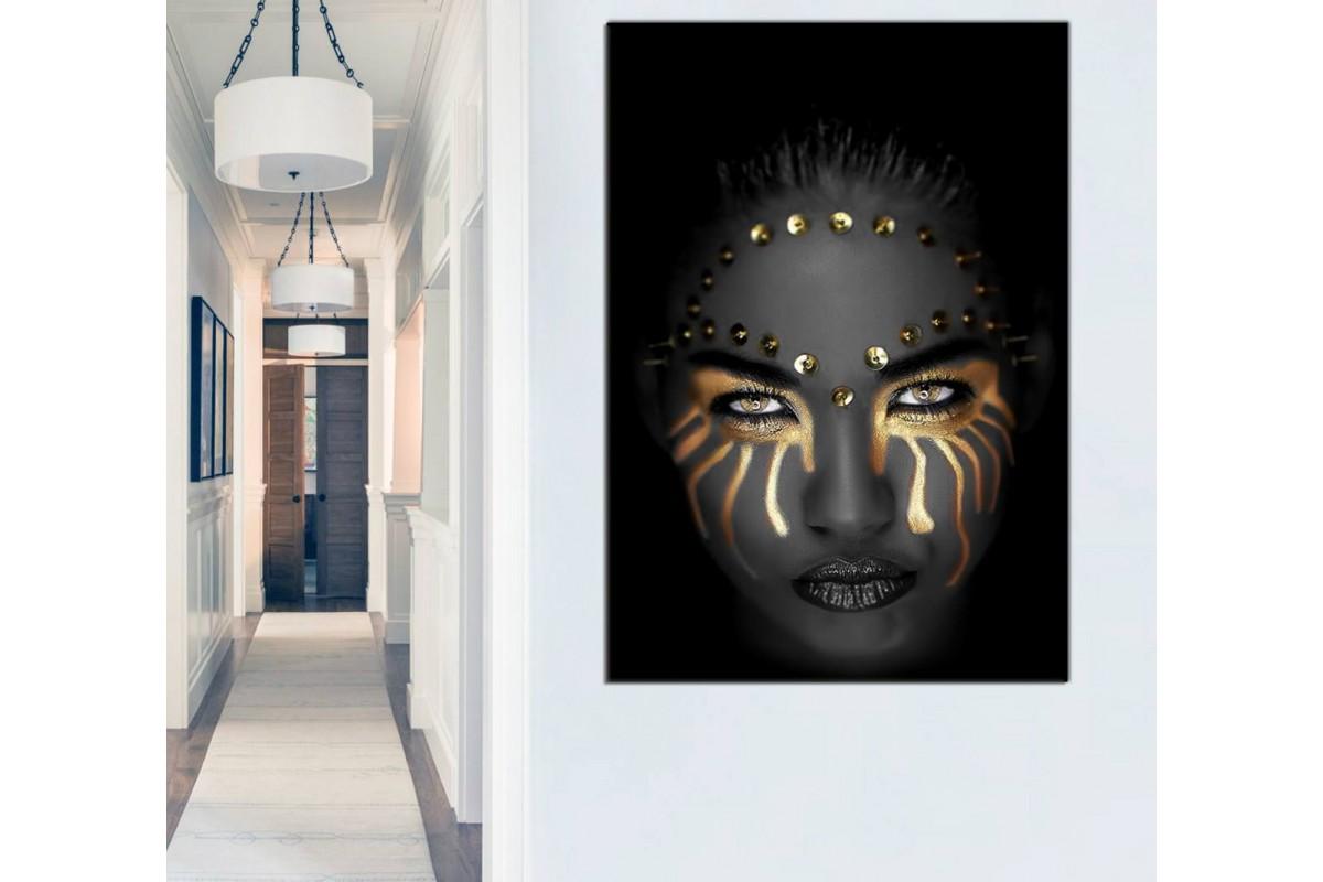 Srda21 - Altın ve Siyah Makyajlı Siyahi Kadın ve Altın Takılar Kanvas Tablo
