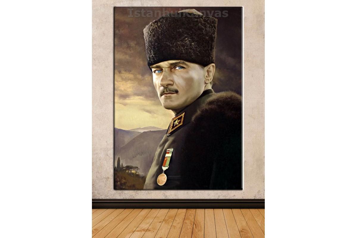 Srka18 - Yağlı Boya Görünüm Kalpaklı Mustafa Kemal Atatürk Kanvas Duvar Tablosu