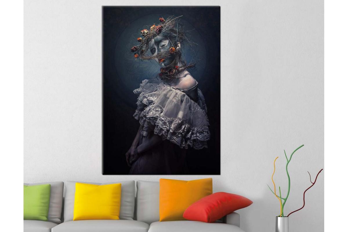 skrd44 - Kurumuş Güller ve Makyajlı Kadın Dekoratif Kanvas Tablo